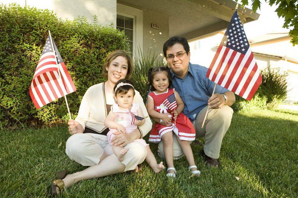 Định cư Mỹ diện đoàn tụ gia đình